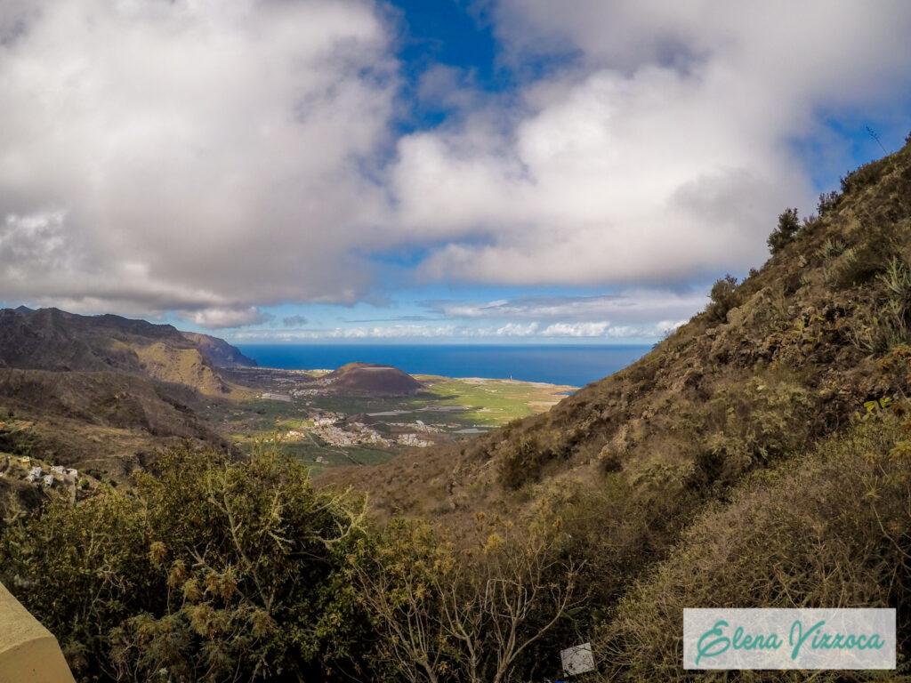 Vista panoramica della costa nord-ovest di Tenerife